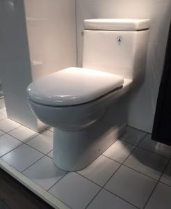 Kartell golvstående tvättställ / handfat