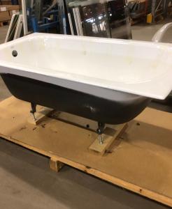 Helt nytt badkar i gjutgods L=1400